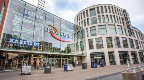 Das Einkaufszentrum FORUM auf der Königstrasse in der Duisburger Innenstadt. Foto: Christoph Reichwein