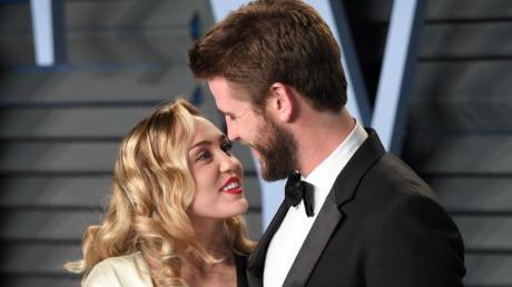 Miley Cyrus und Liam Hemsworth haben sich einem Bericht zufolge getrennt - nach wenigen Monaten Ehe.