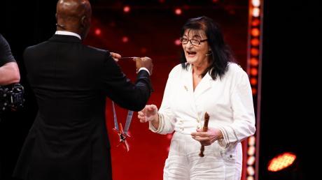 """In Folge 3 macht von """"Das Supertalent"""" 2019 macht Maria Endres einen Deal mit der Jury und kommt eine Runde weiter."""