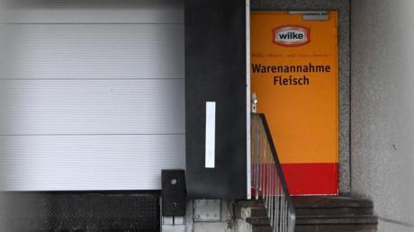 Wursthersteller Wilke im nordhessischen Twistetal:Die Waren von Wilke werden mit zwei Todesfällen in Verbindung gebracht. Foto: Uwe Zucchi/dpa