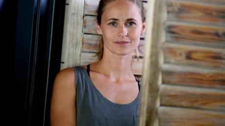 Inez Bjørg David ist den Beruf der Schauspielerin so reingerutscht. Foto: Britta Pedersen/dpa-Zentralbild/dpa