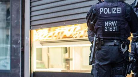 Das Landeskriminalamt Nordrhein-Westfalen und die Staatsanwaltschaft Düsseldorf sind gegen eine «international agierende kriminelle Vereinigung» vorgegangen.