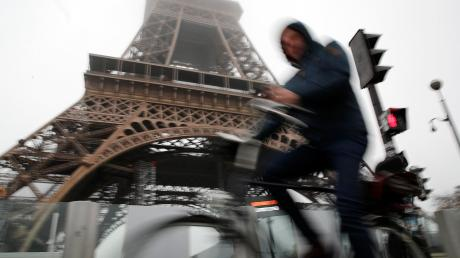 Sehenswürdigkeiten wie der Eiffelturm bleiben während des Streiks in Frankreich geschlossen.