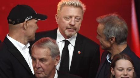 Boris Becker (M), Axel Schulz (l), Jörg Wontorra (2.v.l) und Hannes Jaenicke bei «Ein Herz für Kinder».