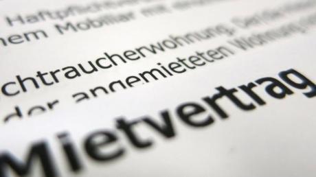 Deutsche Gerichte haben Ausländern bereits mehrfach Schadenersatz zugesprochen, wenn sie bei Wohnungsvermietungen wegen ihrer Herkunft abgewiesen wurden.