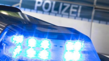 Zweimal musste die Polizei am Mittwoch im nördlichen Landkreis Augsburg ausrücken.