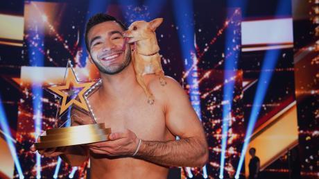 """""""Supertalent"""" 2019: Christian und sein Hund Percy sind die Gewinner. Hier finden sie alle Kandidaten im Finale am 21.12.2019."""