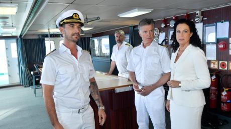 Florian Silbereisen als Kapitän Max Parger muss sich den Respekt der Besatzung erst verdienen – und den der Kritiker auch.