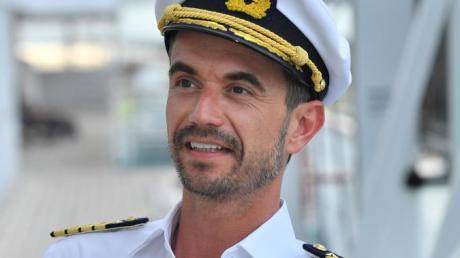 Neuer Kapitän, altes Konzept: Florian Silbereisen auf dem Traumschiff.