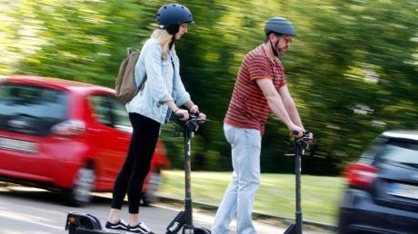 Die Zahl der vorläufig beschlagnahmten Führerscheine ist nach der Einführung von E-Scootern drastisch gestiegen.