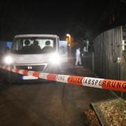 Polizei und Spurensicherung nach der Tat in Starnberg.