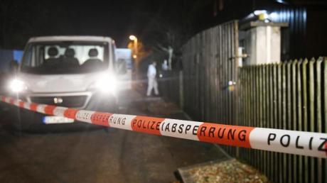 Polizei und Spurensicherung sind vor Ort in Starnberg.