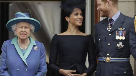 Königin Elizabeth II. respektiert den Wunsch von Harry und Meghan, ein unabhängiges Leben als Familie zu führen.