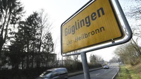 In Güglingen im Landkreis Heilbronn ist ein 15 Jahre alter Junge getötet worden.