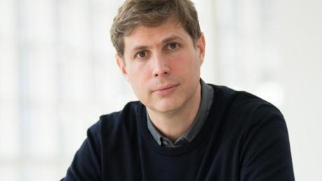 Der Autor Daniel Kehlmann ist kein Fan von historischen Romanen - aber schreibt selber welche.