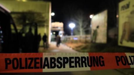 Eine Frau ist nach einer Auseinandersetzung in Neumarkt in der Oberpfalz gestorben.
