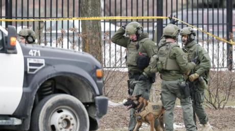 Die Polizei ist mit mehreren Einsatzkräften amTatort.