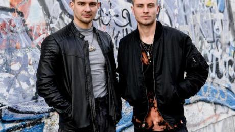 Eric Stehfest und Jannik Schümann bei den Dreharbeiten zu «9 Tage wach».