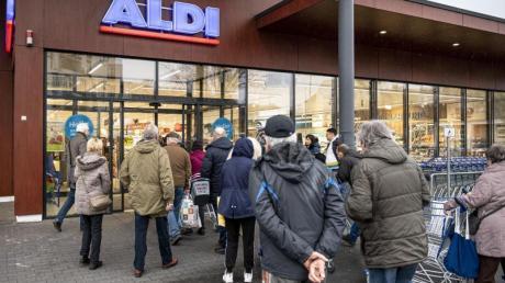 Aldi bietet bundesweit Desinfektionsmittel und andere Hygieneartikel zu günstigen Preisen an.
