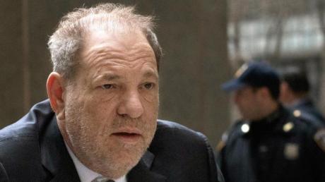 Harvey Weinstein ist zu 23 Jahren Haft verurteilt worden.
