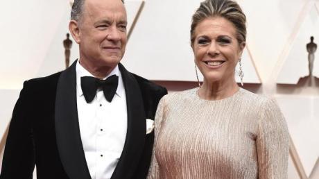Tom Hanks und Ehefrau Rita Wilson bei der Oscar-Verleihung. Beide haben sich mit dem Corona-Virus infiziert.
