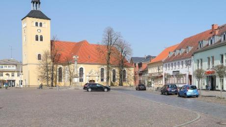Blick auf dem Markt von Jessen. Wegen der hohen Anzahl von Coronavirus-Infizierten stehen zwei Ortsteile der Stadt Jessen (Elster) in Sachsen-Anhalt unter Quarantäne.