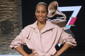 Alicia Keys hat ihr siebtes Studioalbum herausgebracht und spricht in diesem Interview über ihre Familie, den Unterschied zwischen Männern und Frauen sowie über Rassismus.
