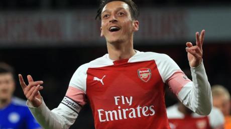 Mesut Özil ist Vater geworden.