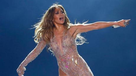 Jennifer Lopez 2019 bei einem Konzert in Ägypten.