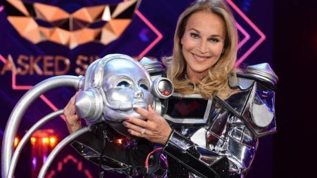 Moderatorin Caroline Beil alias «Der Roboter» ist enttarnt.