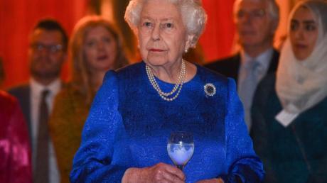 Die britische Königin Elizabeth II. wünscht keine Salutschüsse zu ihrem Geburtstag.