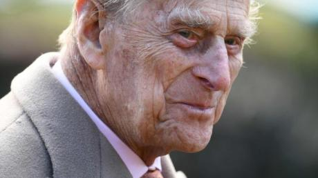 Der britische Prinz Philip lobt den Einsatz im Kampf gegen Coronavirus-Pandemie.