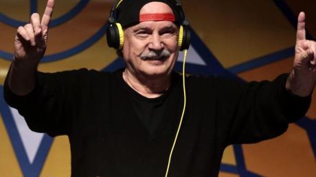 Der italienische Produzent und DJ Giorgio Moroder tritt beim Corona SunSets Festival auf.