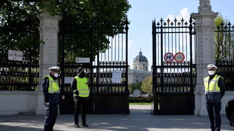 Auch die Wiener Bundesgärten sind wieder geöffnet. Doch in Österreich gelten weiterhin strenge Abstands- und Maskenpflichten.