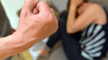 Häusliche Gewalt ist kein neues Phänomen, aber es wächst in der Corona-Krise.