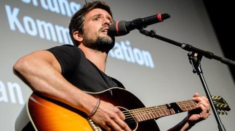 Tom Beck bei der Verleihung des Kommunikationspreises «Signs Award» 2018 in München.