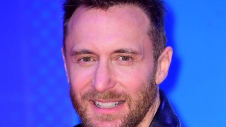 David Guetta sammelt Geld für den Kampf gegen Corona.