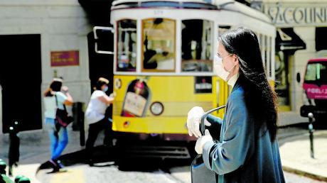 Portugal (hier ein Foto aus der Innenstadt Lissabons) galt als Musterknabe in puncto Corona. Doch nun hat sich das Blatt gewendet.