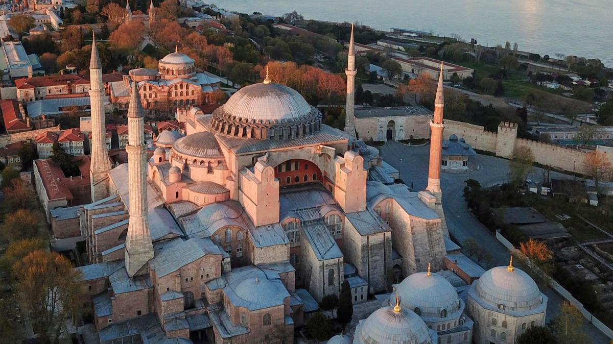 Nutten istanbul. Die in Istanbul ihr Bar oder - 34unerhrte stimmen34 von elif