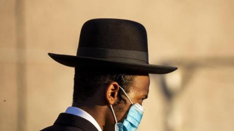 In Israel sind wieder coronabedingte Beschränkungen in Kraft getreten, nachdem die Zahl der Infizierten gestiegen ist.