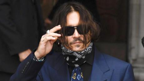 Johnny Depp auf dem Weg ins Londoner Gericht.
