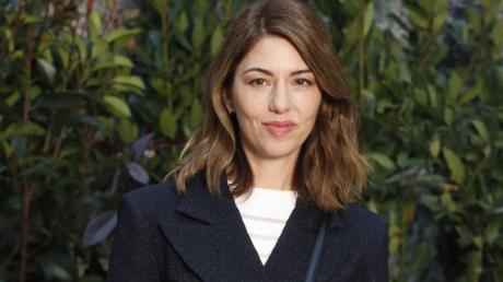 Die US-amerikanische Regisseurin Sofia Coppola fühlt sich dem Pariser Modehaus Chanel verbunden.