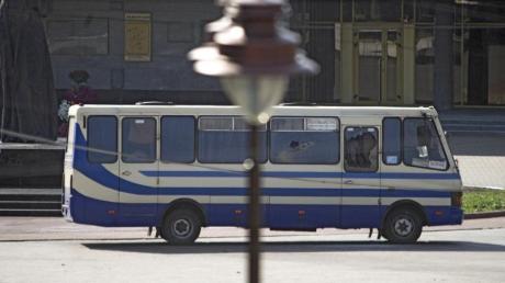 In diesem Linienbus nahm der Mann 13 Menschen als Geiseln.