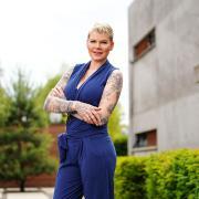 """Melanie Müller ist eine der Kandidatinnen bei """"Like Me – I'm Famous"""". Im Porträt erfahren Sie mehr über die 32-Jährige."""