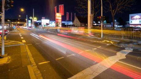 Auf Deutschlands Straßen steigt die Zahl der Raser und Rennfahrer.