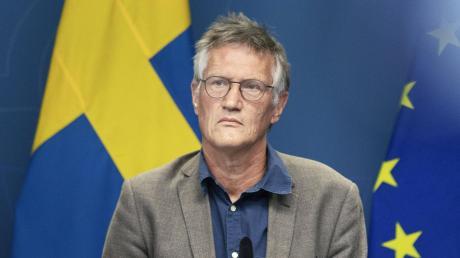 Schwedens Staatsepidemiologe Anders Tegnell wird von Fans der schwedischen Corona-Strategie verehrt. Die Gegner geben ihm die Schuld an den hohen Todeszahlen im Land.