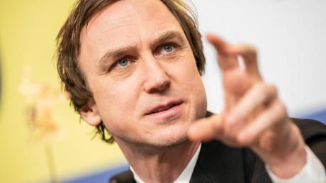 Lars Eidinger soll einen Mörder mimen, der aus der forensischen Psychiatrie flieht.