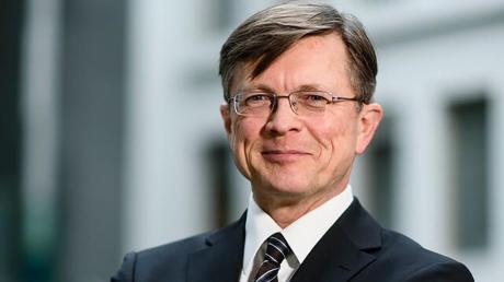 Ewald König beschäftigt sich heute immer noch mit der Wiedervereinigung Deutschlands.