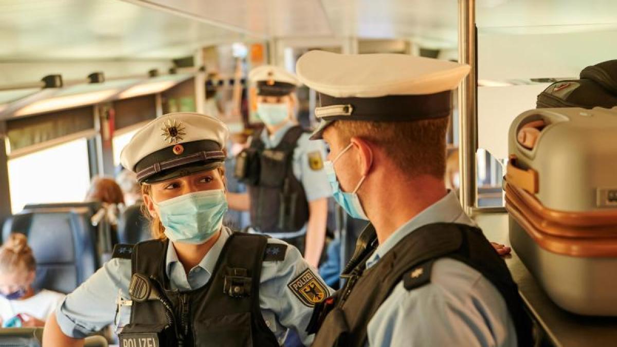Kontrolle in Zügen: Bahn und Bundespolizei kontrollieren ...
