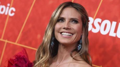 """Heidi Klum ist mit ihrer Tochter Leni Klum auf dem Titelblatt der """"Vogue"""" zu sehen."""